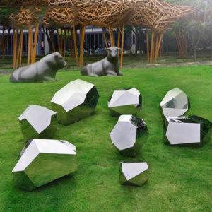 Metal-Garden-Art-Craft-Mirror-Finished-Stainless.jpg