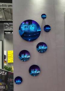 Stainless-steel-concave-mirror-sculpture-2.jpg